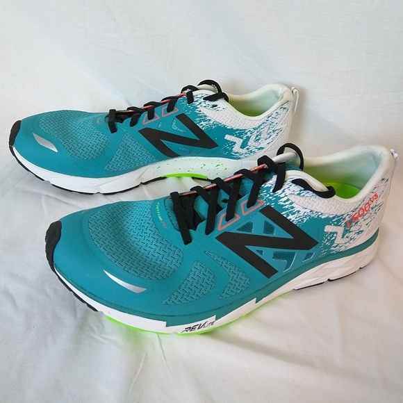 half off 5abfc 77872 New Balance Mens 1500v3 Running Shoes Size 11 NWT